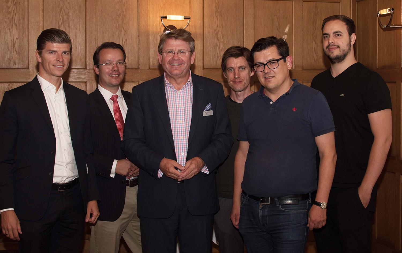 v.l.: Christian Niedermüller, Berthold Baurek-Karlic, Matthias Albert, Max Tertinegg, Hannes Stiebitzhofer und Paul Klanschek diskutierten über dne Status Quo von Kryptowährungen.
